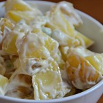 Bowl-of-potato-salad-with-pieces-of potato-in-mayonaise