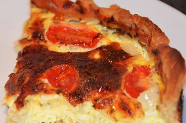 Cheese And Tomato Quiche