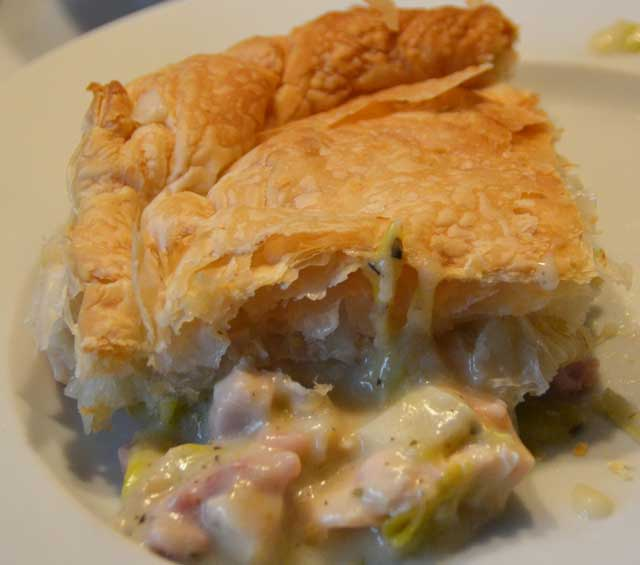 portion-of-pie-with-filling-showing