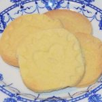 shortbread-biscuits-on-a-plate