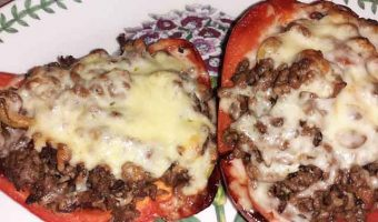 stuffed-peppers-mince-on-a-plate