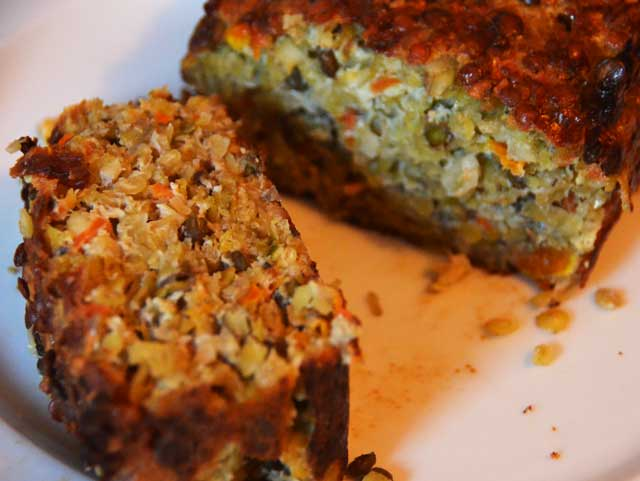 nut-and-lentil-roast-loaf-cut