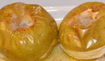 two-baked-apples