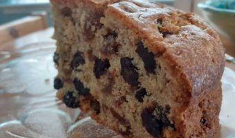 cut-and-come-again-fruit-loaf