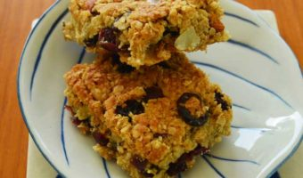 flapjack-squares-onaplate